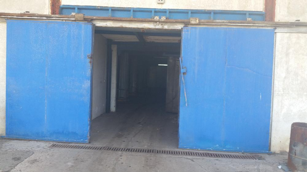 Location Local_industriel 1200 m2